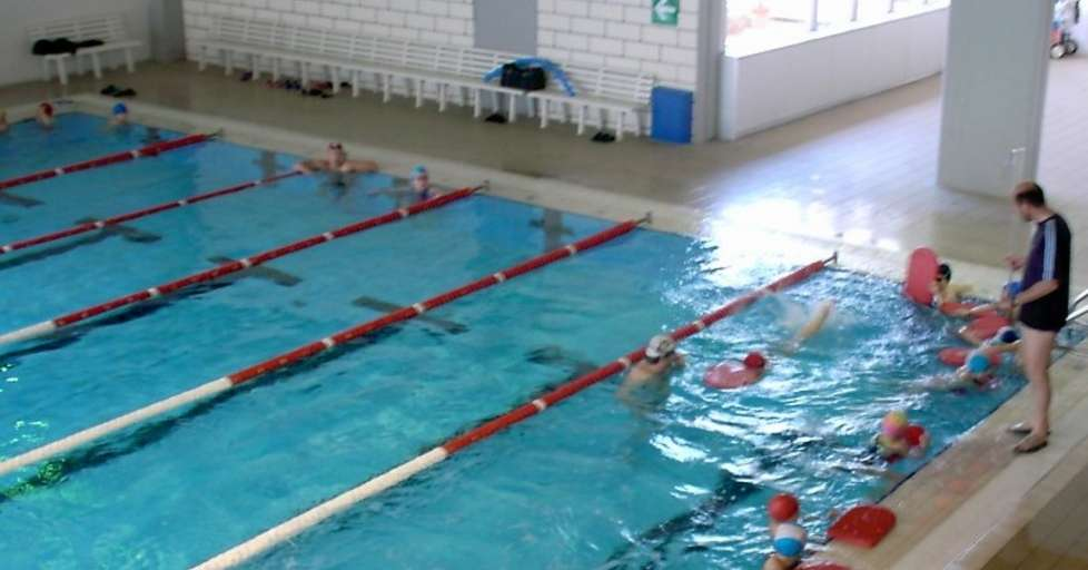 La piscina di pergine va alla rari nantes trento trentino - Piscina di pergine ...