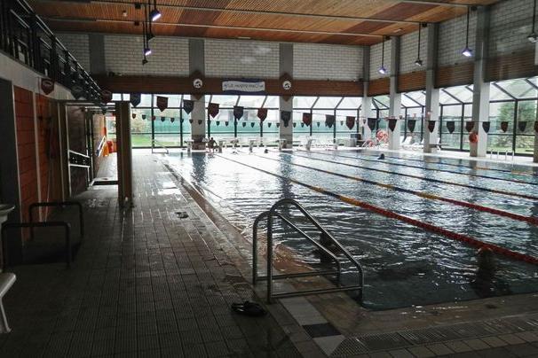 Una gestione veronese per la piscina comunale trento for Piscina comunale asti