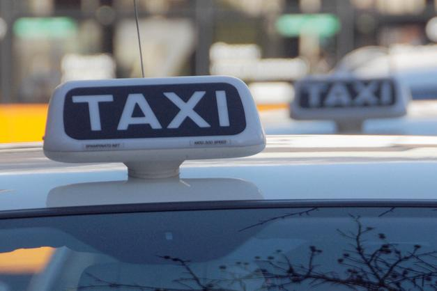 differently 52dca 3379b Expo Schuh, liberalizzare i taxi» - Trento - Trentino