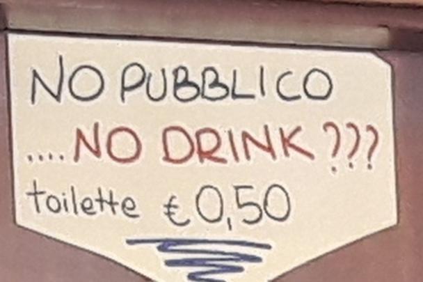 Cartello Per Bagno Donne : La pipì al bar costa 50 cent: protesta su facebook trento trentino