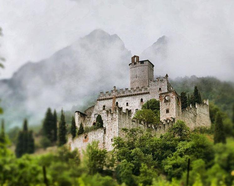 Avio, il castello di Sabbionara è il più bel luogo d ...