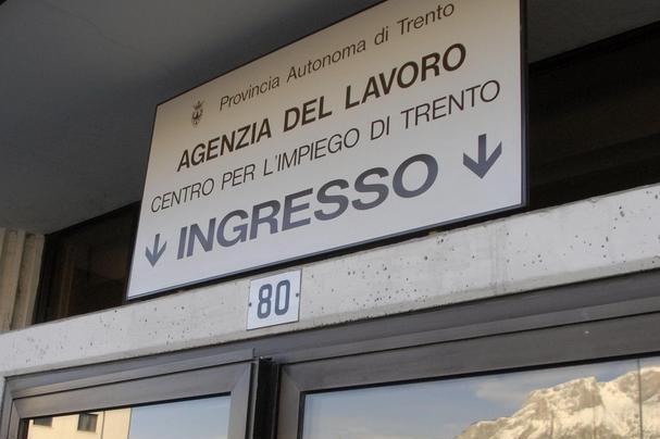 Ufficio Lavoro Riva Del Garda : Centri per limpiego un vero «assalto»: 1.700 nuovi iscritti