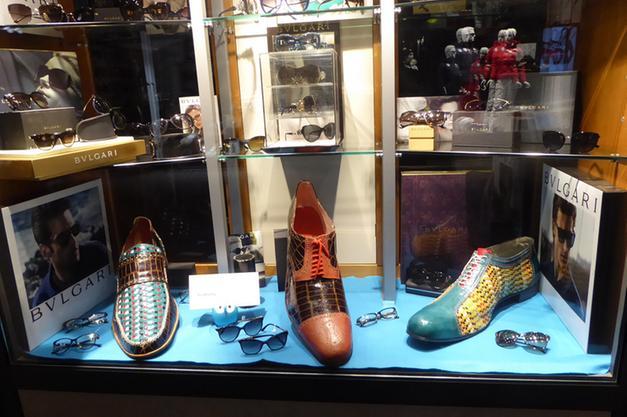 promo code 0e1b0 cd416 L'omaggio di Toniolo ad Expo Schuh: in vetrina le scarpe ...