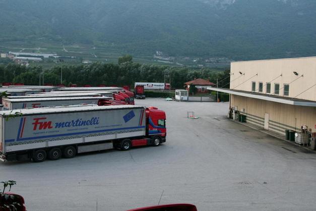 Fratelli Martinelli Trasporti.Fallita Mt Spedizioni In 50 Senza Lavoro Trento Trentino