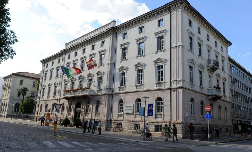 Ufficio Di Lavoro Trento : Boom telelavoro la provincia è al trento trentino